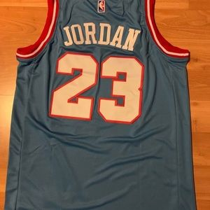 Michael jordan jersey Nike size Large